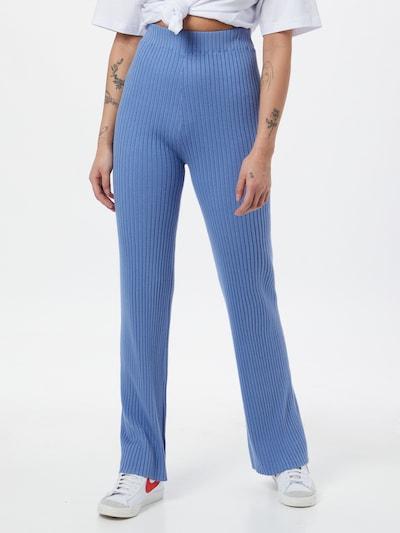 ABOUT YOU Pantalon 'Carlotta' en bleu, Vue avec modèle