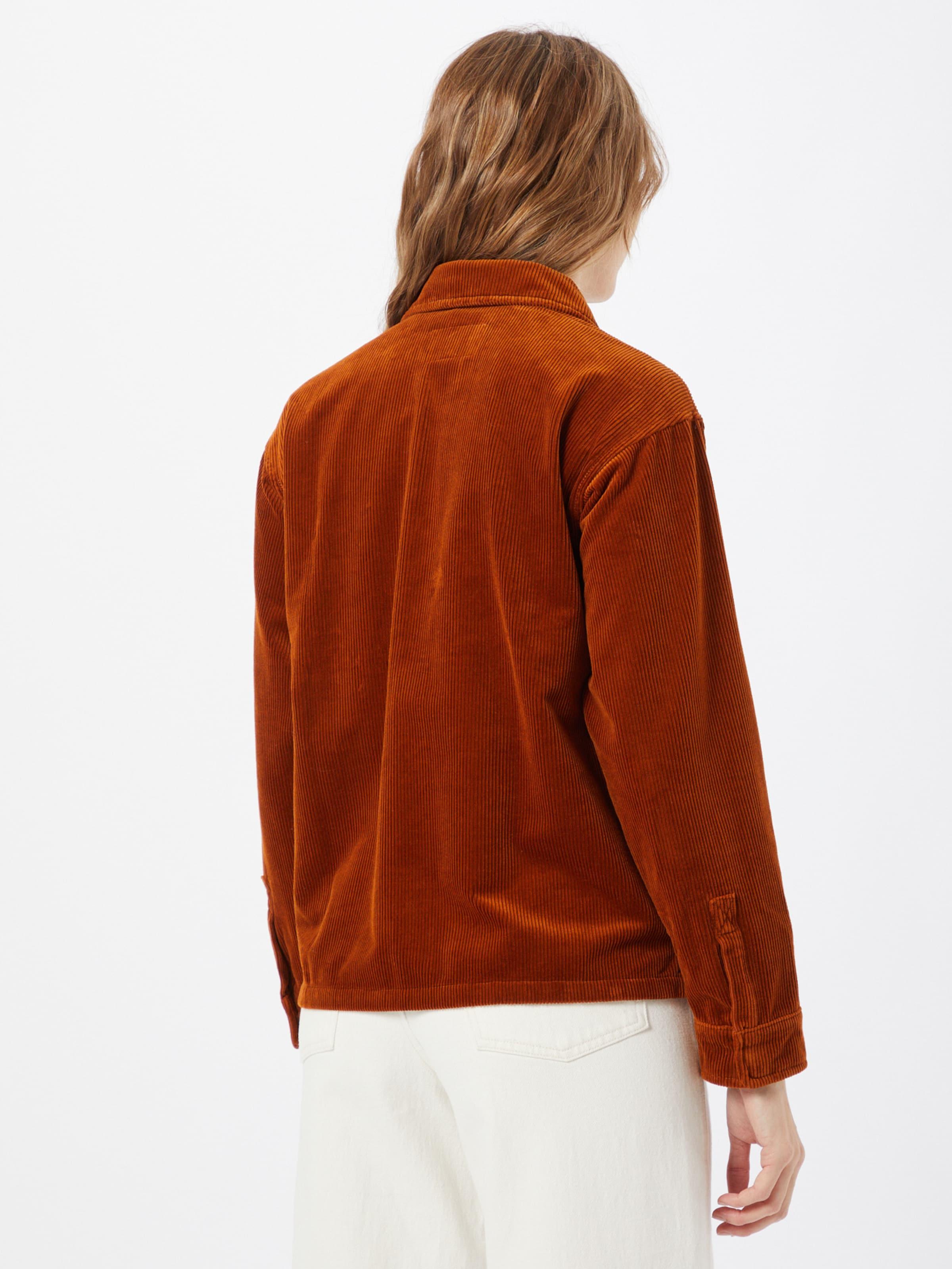 Carhartt WIP Átmeneti dzseki 'Foya' barna színben