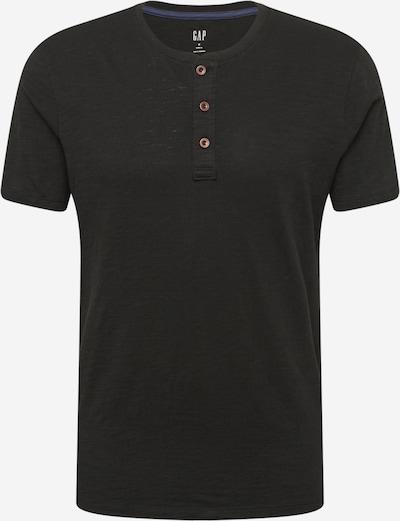 Tricou GAP pe negru, Vizualizare produs