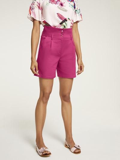 heine Shorts in fuchsia, Modelansicht