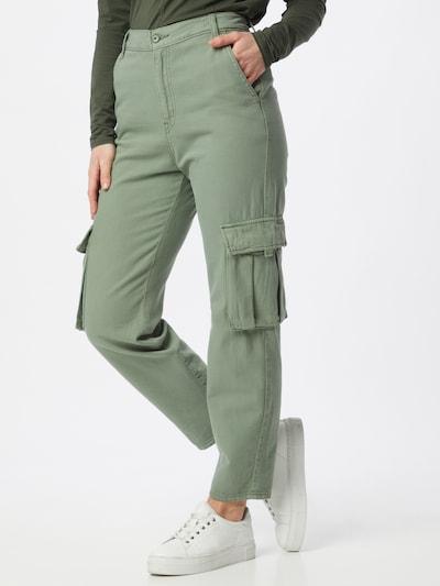 LEVI'S Cargo hlače u smaragdno zelena, Prikaz modela