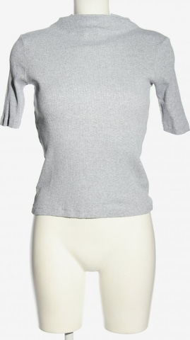 UNIQLO Top & Shirt in XS in Grey