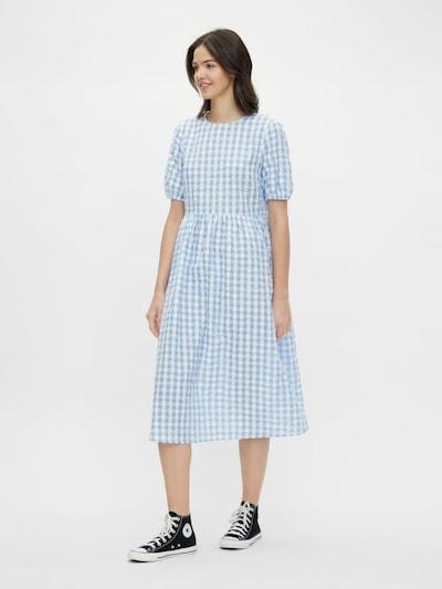 PIECES Kleid in hellblau / weiß, Modelansicht