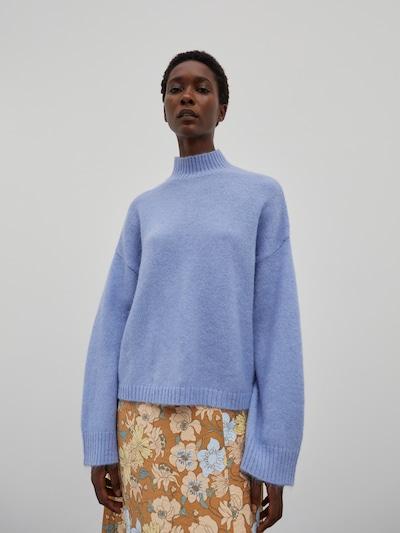 EDITED Pullover 'Tinley' in blau, Modelansicht