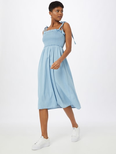 VILA Ljetna haljina 'Athena' u plavi traper, Prikaz modela