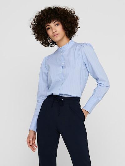 Bluză 'Nessa' ONLY pe albastru deschis / alb, Vizualizare model