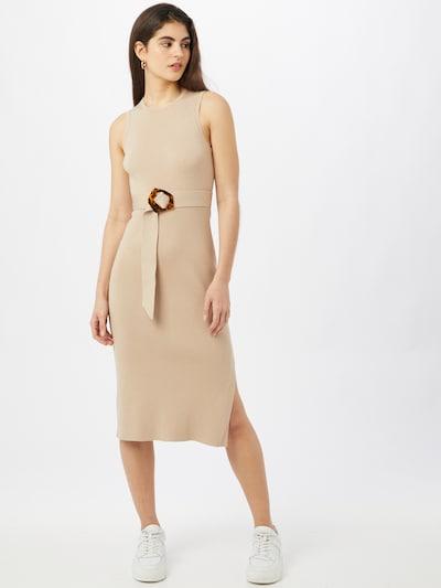 Forever New Robes en maille 'IMOGEN' en beige, Vue avec modèle