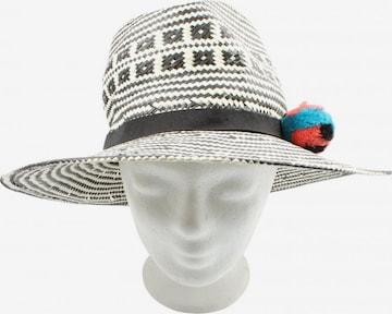 Topshop Hat & Cap in XS-XL in White