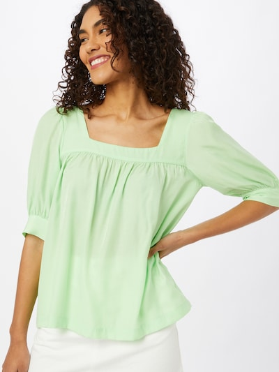ICHI Bluse in hellgrün, Modelansicht