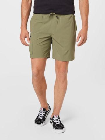 Abercrombie & Fitch Klapptaskutega püksid 'SATURDAY', värv roheline