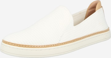 UGG Slip on -tennarit 'Sammy' värissä valkoinen