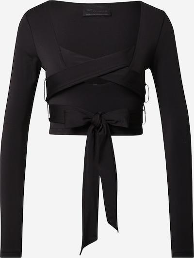 Reebok Classic T-shirt 'Cardi B' en noir, Vue avec produit
