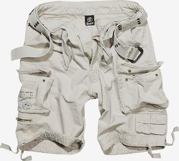 Brandit Shorts 'Savage Vintage' in Weiß