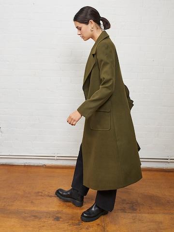 Aligne Between-Seasons Coat 'Evangeline' in Green