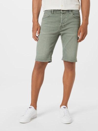 Lee Shorts in pastellgrün, Modelansicht