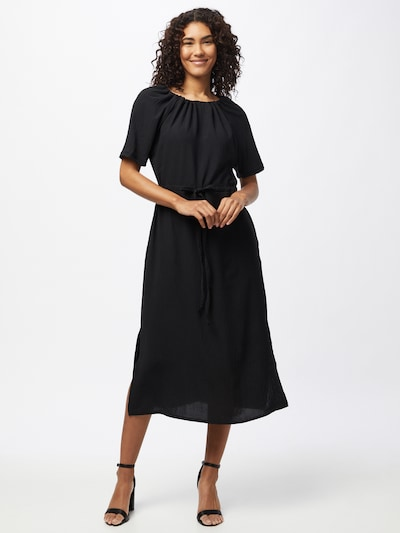 Trendyol Haljina u crna, Prikaz modela