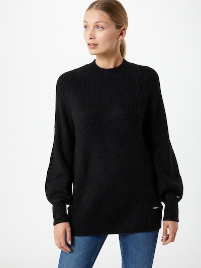 Tommy Jeans Pullover in schwarz, Modelansicht