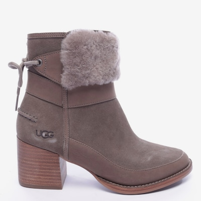 UGG Stiefel in 38 in hellbraun, Produktansicht