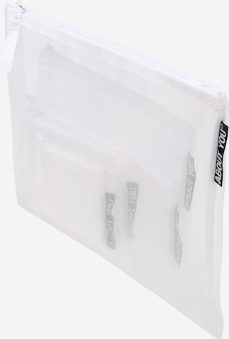 ABOUT YOU Чанта за тоалетни принадлежности 'Mesh-Bag Set' в бяло