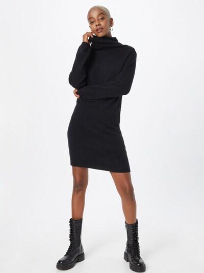 Rochie tricotat Molly BRACKEN pe negru, Vizualizare model