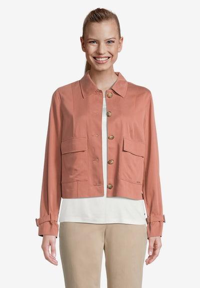 Betty & Co Sommerjacke mit aufgesetzten Taschen in braun, Modelansicht