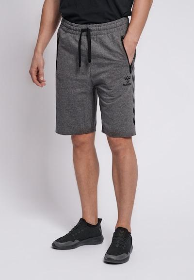 Hummel Shorts in grau: Frontalansicht