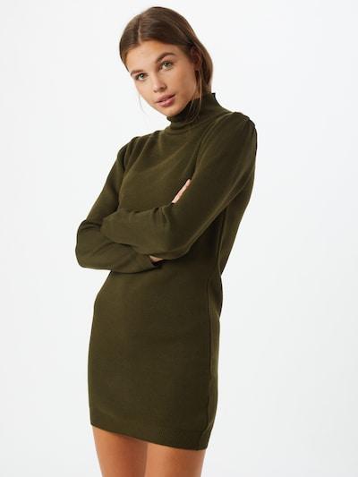 Trendyol Robes en maille en vert foncé, Vue avec modèle