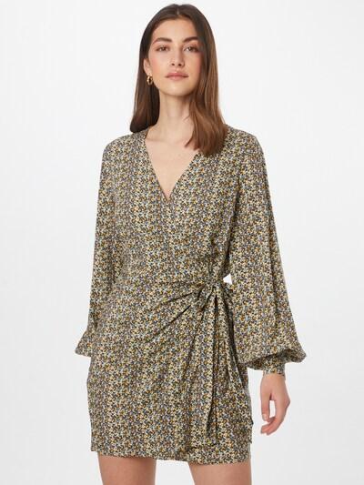 NA-KD Kleid in mischfarben, Modelansicht