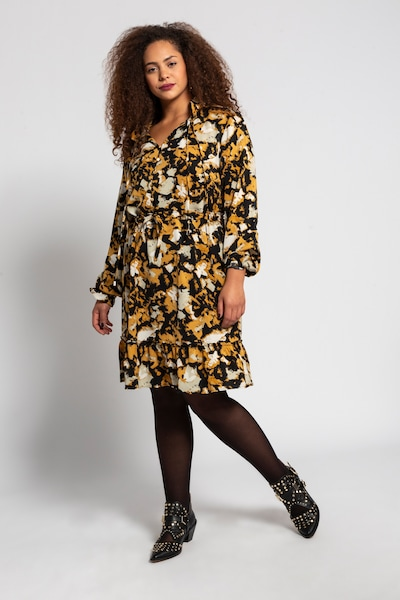 Studio Untold Kleid in curry / schwarz / weiß, Modelansicht