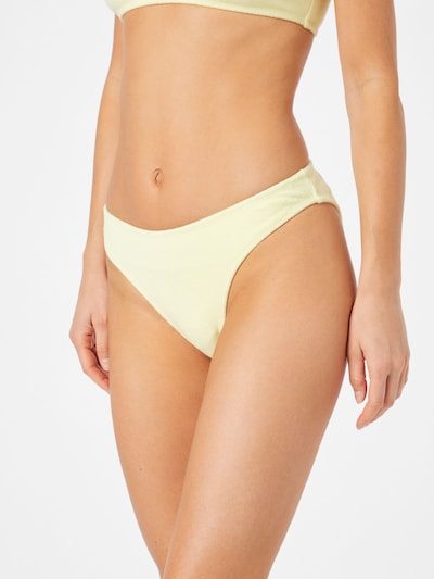 pasztellsárga Public Desire Bikini nadrágok, Modell nézet
