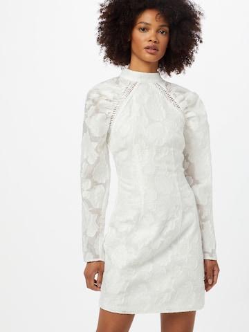 Lipsy Šaty 'ALICE' - biela