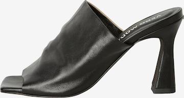 VERO MODA Mules 'Cara' in Black