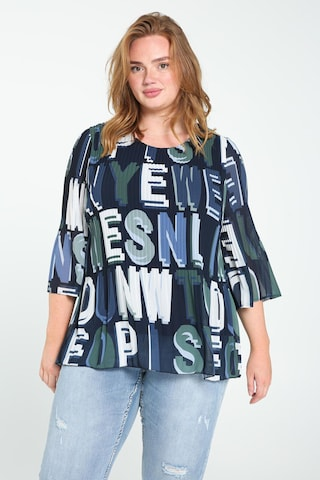 Paprika Blouse in Blue