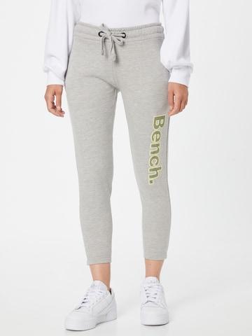 Pantaloni 'MANDI' di BENCH in grigio