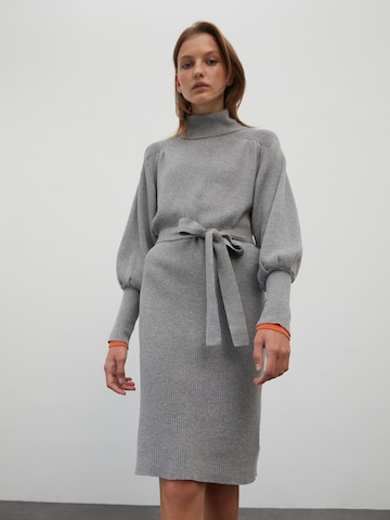 EDITED Gebreide jurk 'Malene' in Grijs