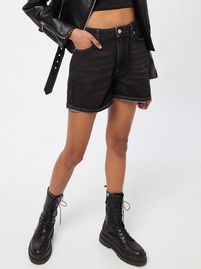 ONLY Shorts 'Bay' in black denim, Modelansicht