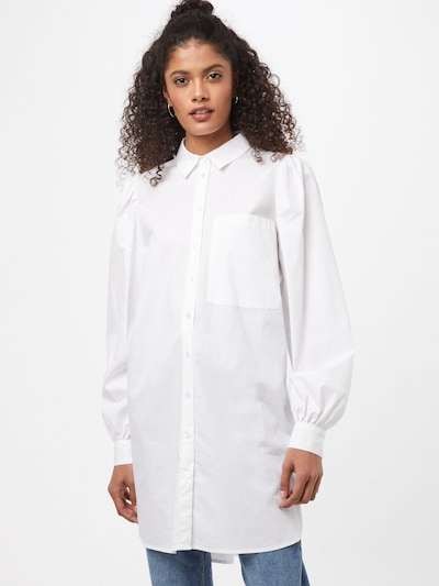 Moves Blouse 'Lipilu' in de kleur Wit, Modelweergave