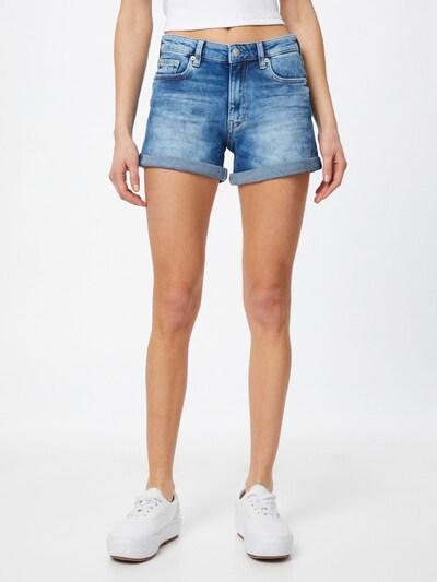 Calvin Klein Jeans Shorts in blue denim, Modelansicht