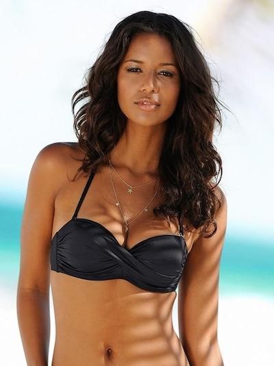 LASCANA Hauts de bikini 'Sofia' en noir, Vue avec modèle