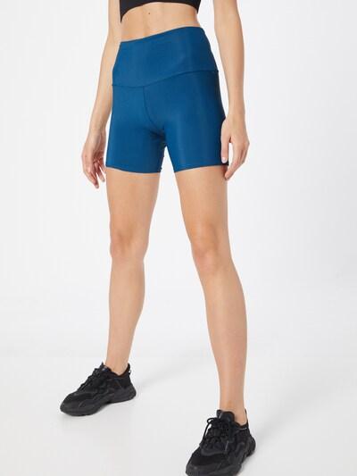 Onzie Shorts in blau, Modelansicht