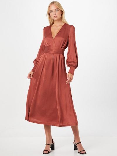 IVY & OAK Blousejurk 'DENA ROSE' in de kleur Roestbruin, Modelweergave