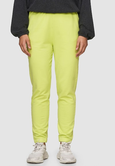 Cotton Candy Sweathose 'PIPA' in grün, Modelansicht