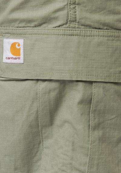 Carhartt WIP Shorts in pastellgrün, Produktansicht