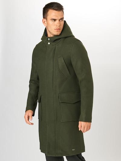 tigha Manteau mi-saison 'Jonathan' en vert foncé, Vue avec modèle