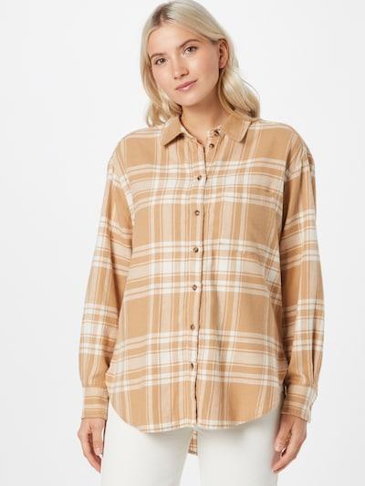 GAP Blouse in de kleur Camel / Natuurwit, Modelweergave