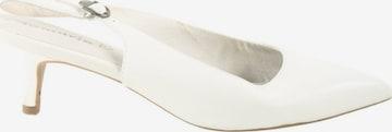 TAMARIS Sandals & High-Heeled Sandals in 41 in White