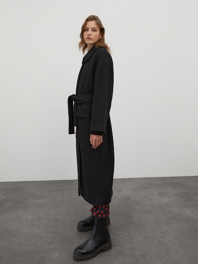 EDITED Prijelazni kaput 'Una' u crna, Prikaz modela