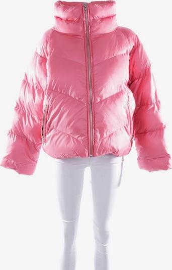 Gestuz Winterjacke  in XL in himbeer, Produktansicht