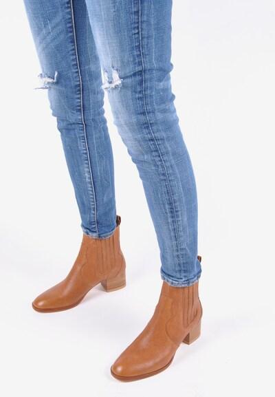 Crickit Chelsea boots 'VALESKA' in de kleur Bruin / Cognac: Vooraanzicht