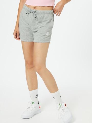 Nike Sportswear - Pantalón en gris